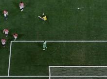 Der FC Aarau stand neben denSchuhen
